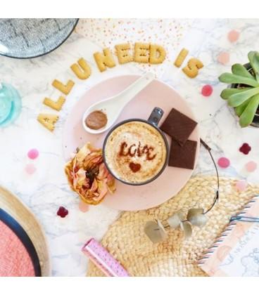 Set de 5 pochoirs Words pour café ou biscuits