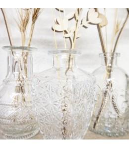 Vase bouteille gravé style ancien + bouquet déco de fleurs en bois